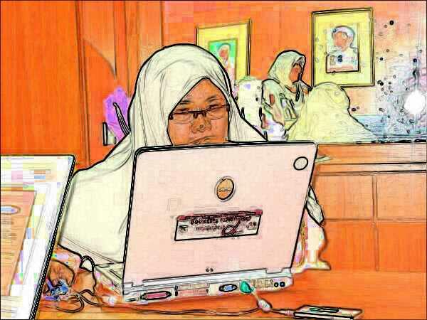 """Laptop lama, telah disedekahkan kat """"orang"""" lain"""